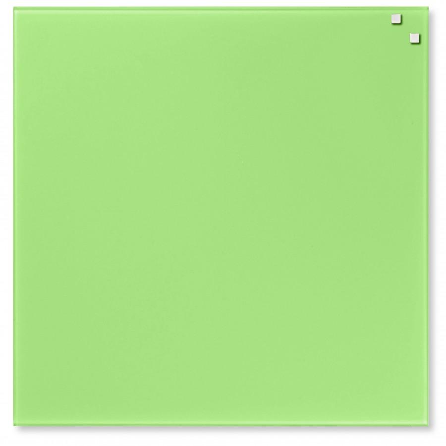 svetlo zelena